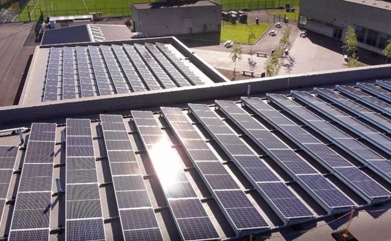 Swansea schools welcome in a solar-powered New Year!